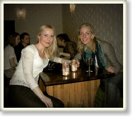 På Kårkällar'n finns kall öl och trevliga vänner.